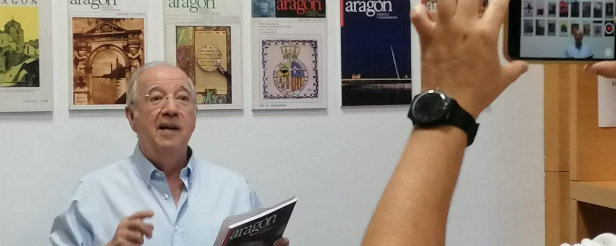 Miguel Caballú, director de la revista 'Aragón, Turistico y Monumental'